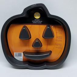 Wilton Cake Pan Mold - Jack-O-Lantern - Pumpkin Face - NEW