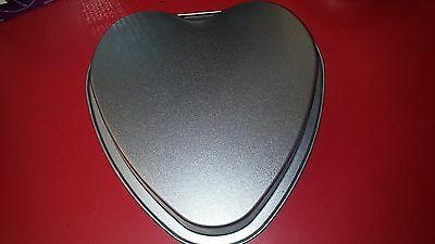 NEW Shape Pan the Heart 8""