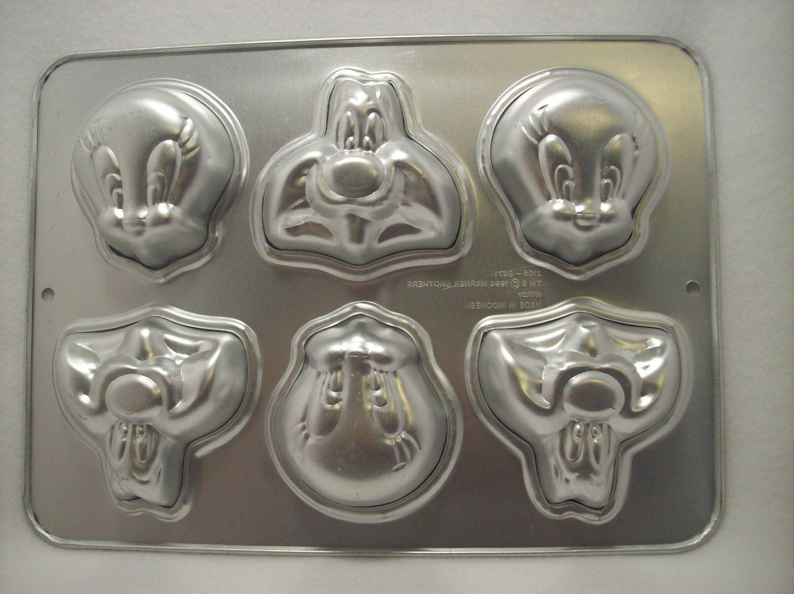 NEW Wilton Cake Pan Tunes Mini Molds One