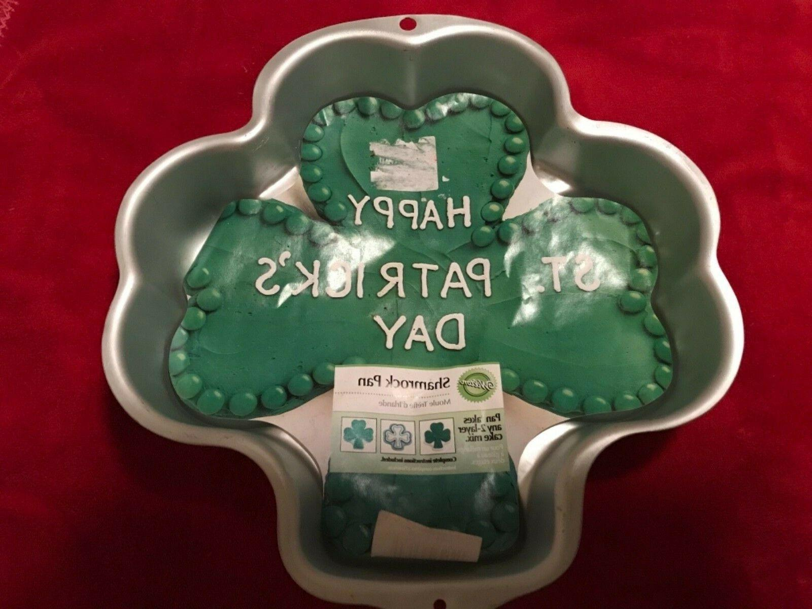 shamrock cake pan mold with insert retired