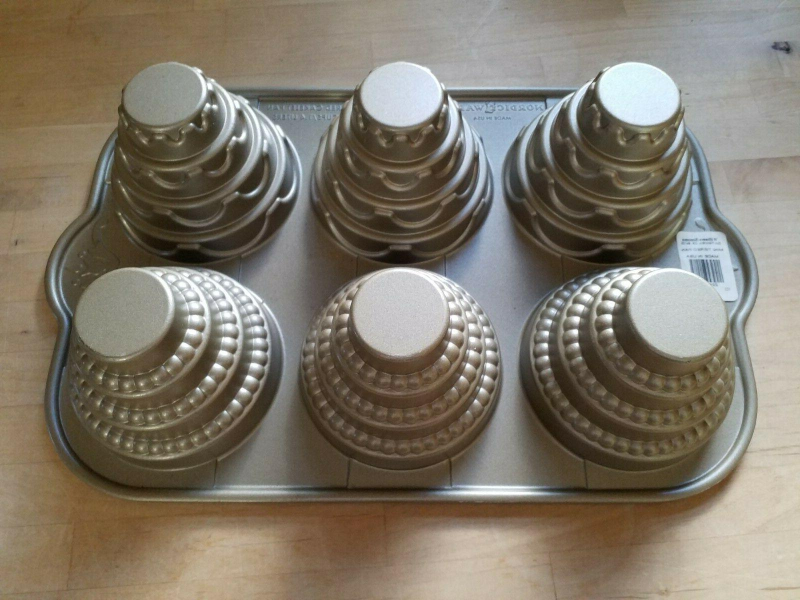 WILLIAMS SONOMA Nordic Tiered Cake 6 Cups