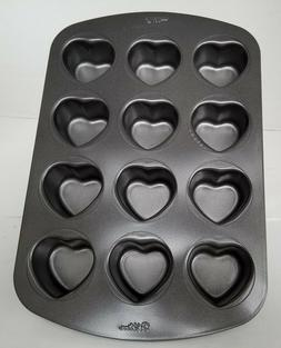 """NEW WILTON  Individual Heart Shaped 1.5"""" Deep Non Stick Whoo"""