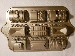 NEW Nordic Ware Railway Train Cake Pan 5 cup 9 sections RAIL