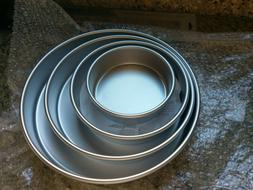 Wilton Round Cake Pans, 4 Piece Set for 6-Inch, 8-Inch, 10-I
