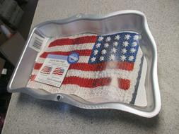 Wilton 13 x 9 Stars & Stripes Pan American Flag Bake