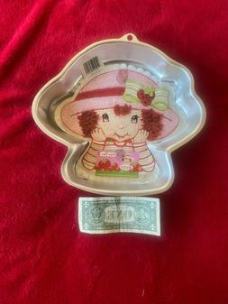 WILTON, Strawberry Shortcake - CAKE PAN,  NEW - Model # 21